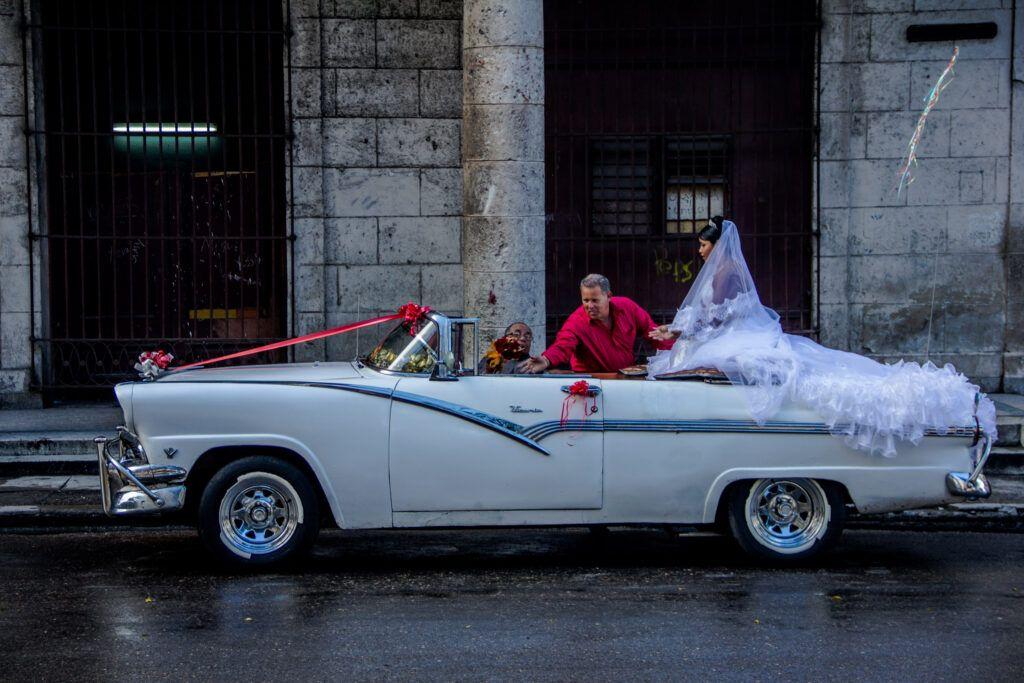 Auto Blanco Novia Casamiento-La Havana, Cuba-2014